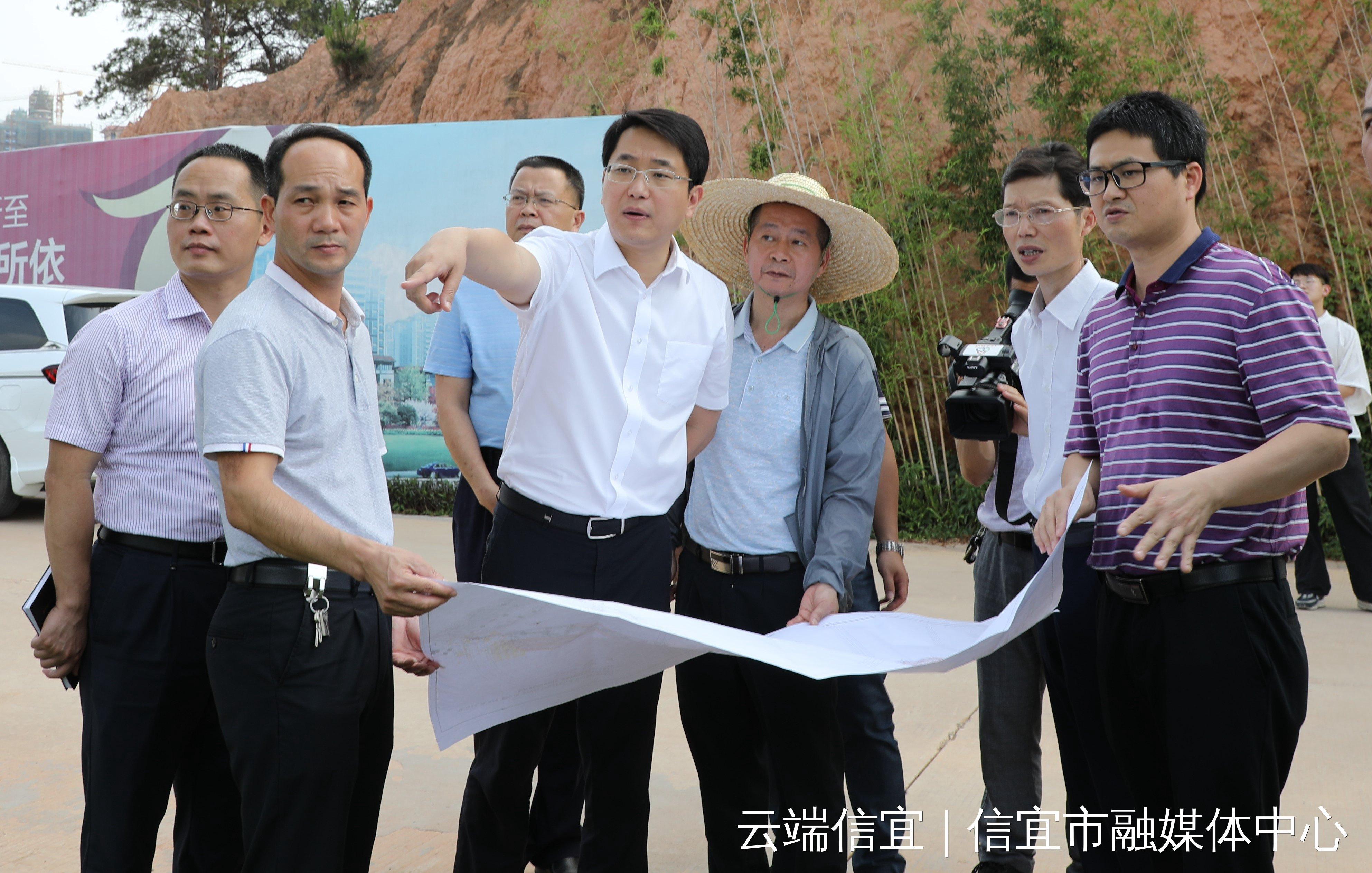 龚庆要求:加快市政重点项目建设 增进民生福祉